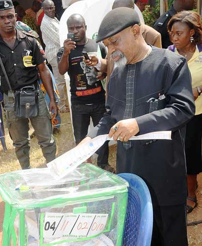 APC Candidate ,Senator Chris Ngige Casting His Vote
